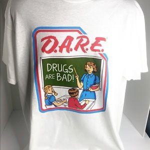 D.A.R.E   Dare White T-shirt DRUGS ARE BAD!
